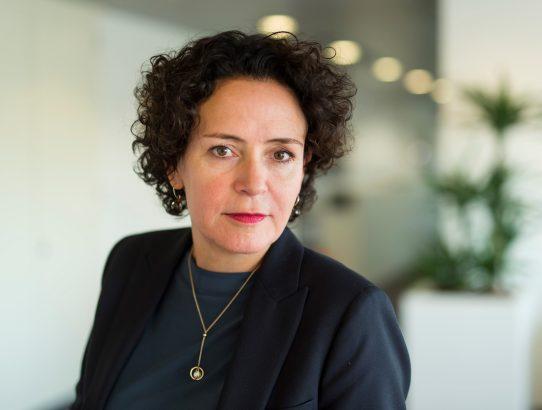 """Resi Becker, Directeur Mail Nederland - PostNL: """"Ik haal er plezier uit, als mensen de ruimte nemen om zich te ontwikkelen."""""""